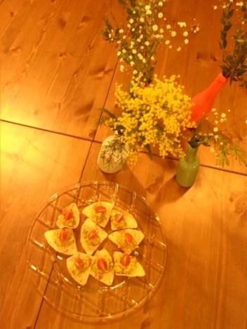 Nachos, guacamole i flors